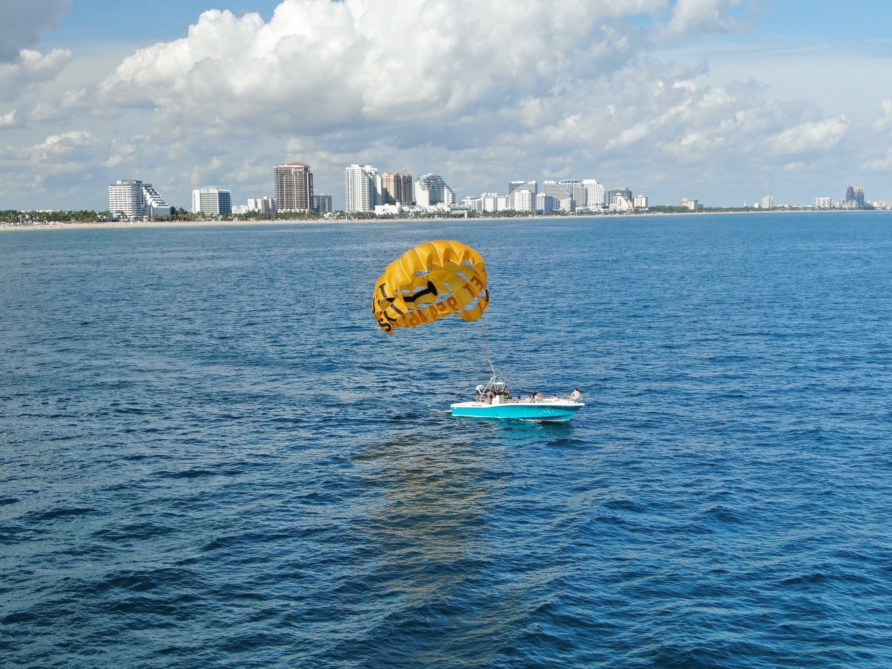 Boat Rentals in Hollywood & South Florida Beach - RentalBoat com